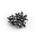 Брошка от тъмно сребро и черни перли